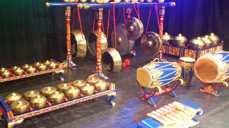 Gamelan music and percussion workshop – free!